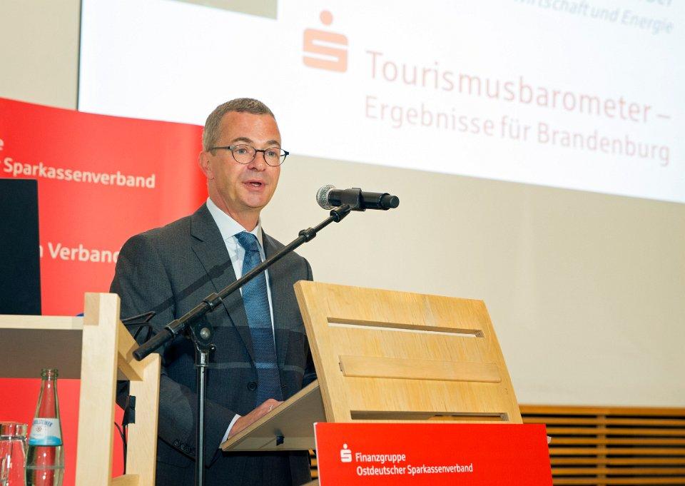 minister albrecht gerber